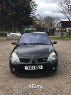 2004 Renault Clio 182 Sport F/F (Rare Black / Gold Metallic)