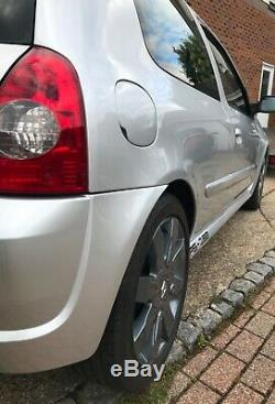 Renault Sport Clio 182 full fat with Cup packs